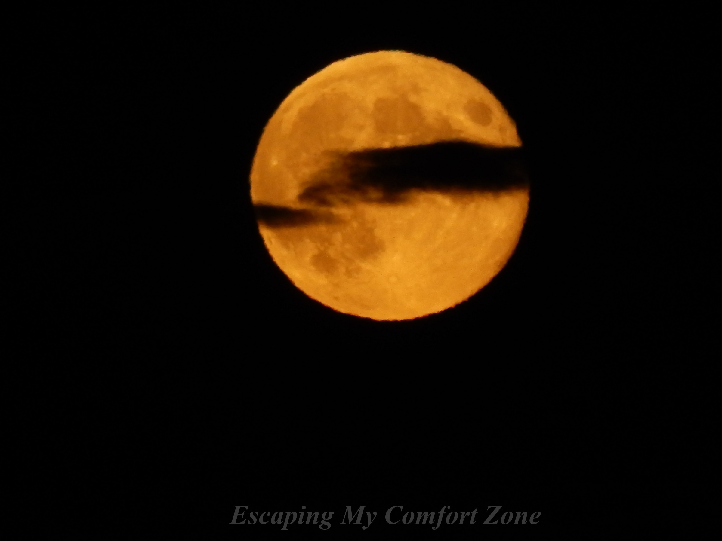 harvest-moon-and-wispy-clouds